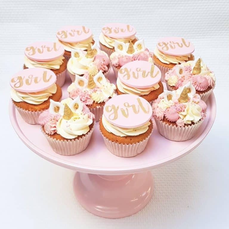 Babyshower eenhoorn en girl cupcakes